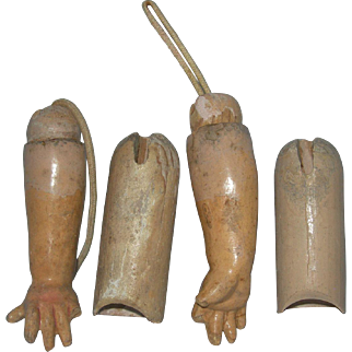 Arms with straight wrist hands 4 Early German bodies