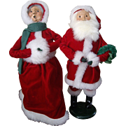 Byers Choice 1986-1989 Santa and Mrs.Claus