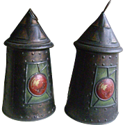 9.5 Inch Tin Lantern 'Reading and London Biscuits/ Huntley and Palmer'