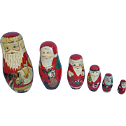7 Inch   Russian Matryoshka Santa Nesting Dolls