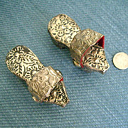 2 1/2'' Silver Oriental Shoes