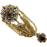 Vintage Signed ART Festoon Royal Medal Brooch Pin