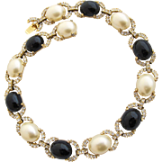 Vintage Ciner Faux Pearl and Onyx Pearl Necklace