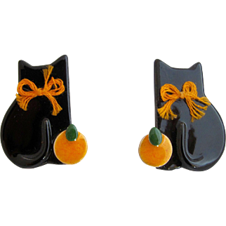 Vintage Flying Colors Black Halloween Cat Pierced Earrings