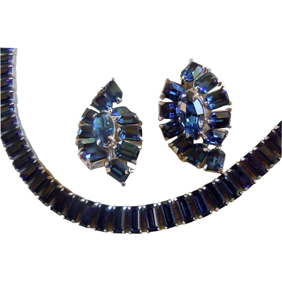 Vintage HOLLYCRAFT Blue Rhinestone Necklace and Earring Set