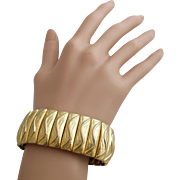 Vintage Monet Patent Pending Gold Tone Expansion Bracelet