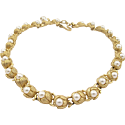 Vintage Crown Trifari Faux Pearl Choker Necklace