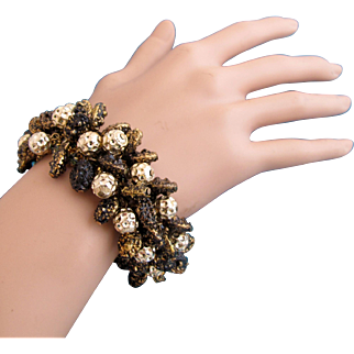 Vintage Cha Cha Bracelet with Black and Gold Tone Flecked Beads - Rare