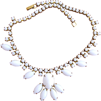 Vintage Milk Glass Marquise Stone Necklace