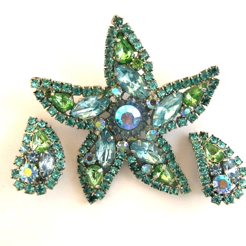 Weiss Pale Blue And Green Rhinestone Starfish Brooch And Earring Set