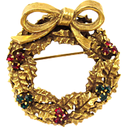 Vintage Jeanne Rare Christmas Holiday Wreath Pin
