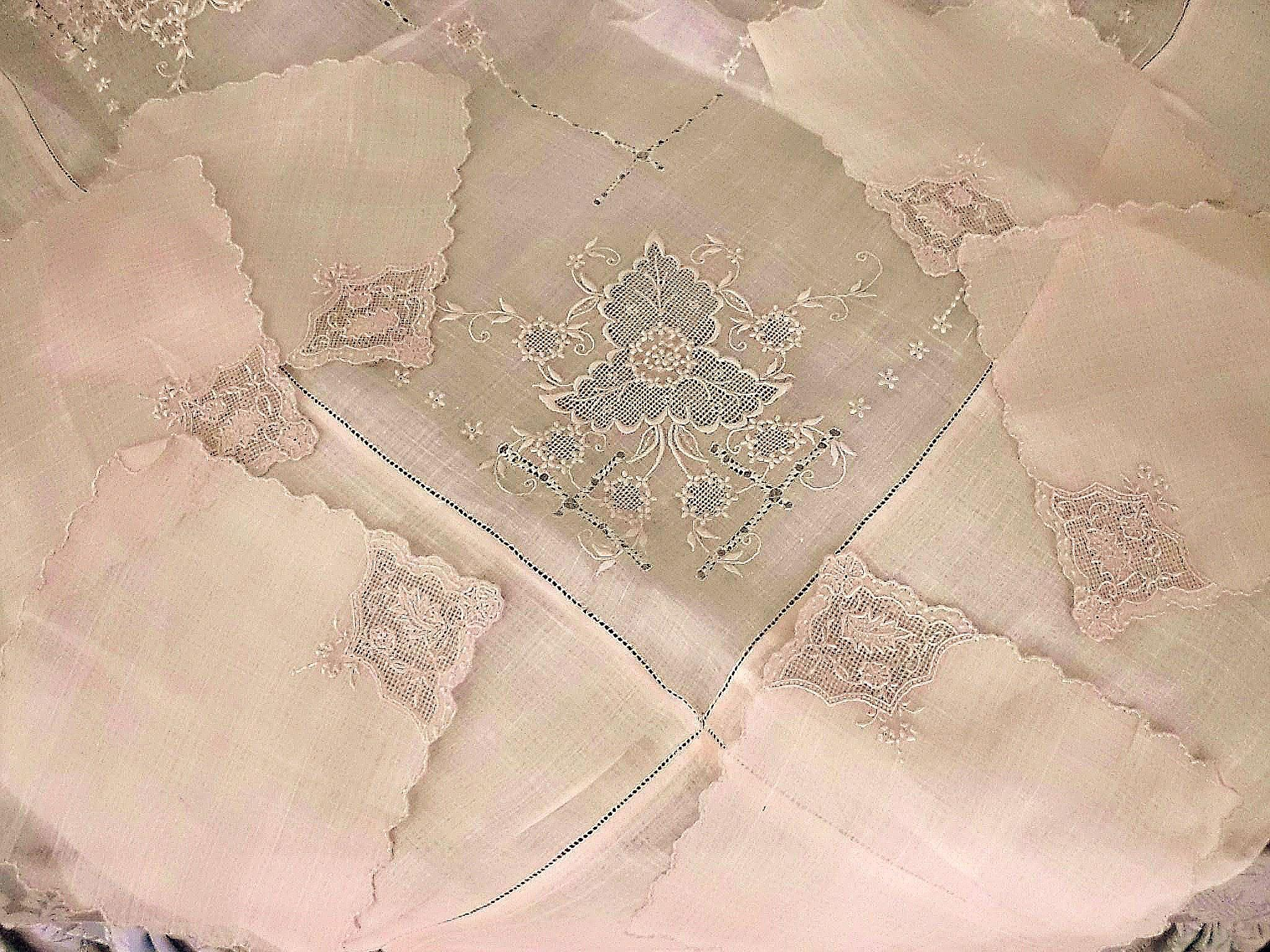 Organdy Embroidered Luncheon Set 6 Napkins Tablecloth