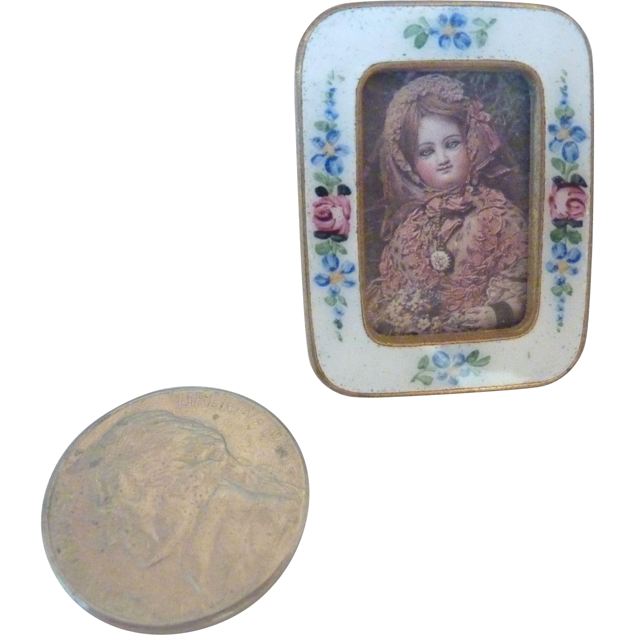 TINY 1920's Miniature Doll House Czech  ROSE Garland ENAMEL Easel FRAME