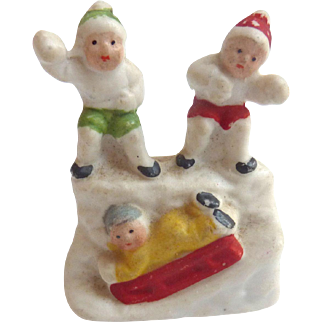 Rare 1920's Putz bisque GERMAN Hertwig Snow Babies CHILDREN Throwing Snowballs SLEDDING on Hill