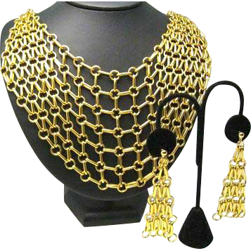 Lightweight Gold Tone Bib Necklace and Matching Clip Earrings