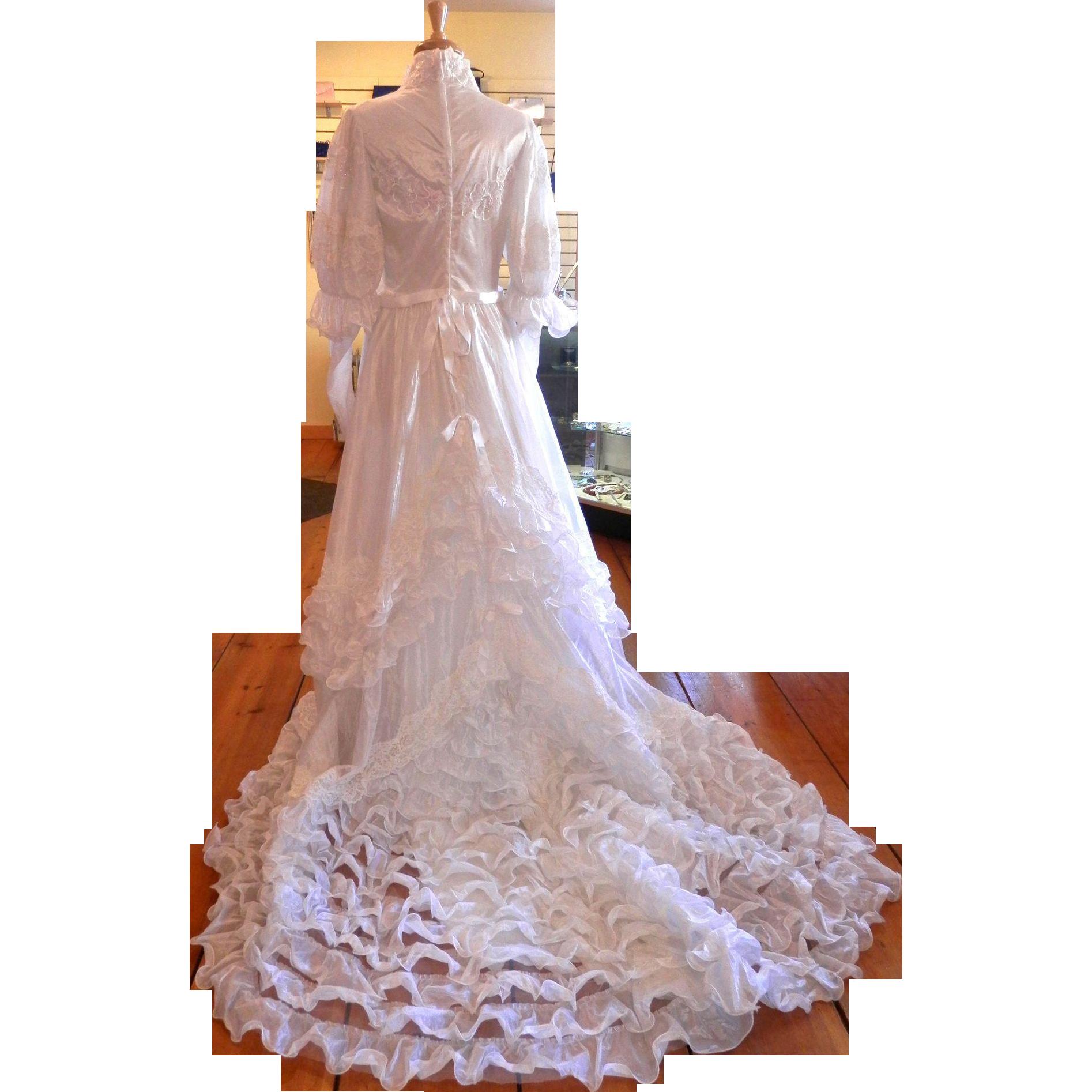 Vintage Princess Diana Style Wedding Gown