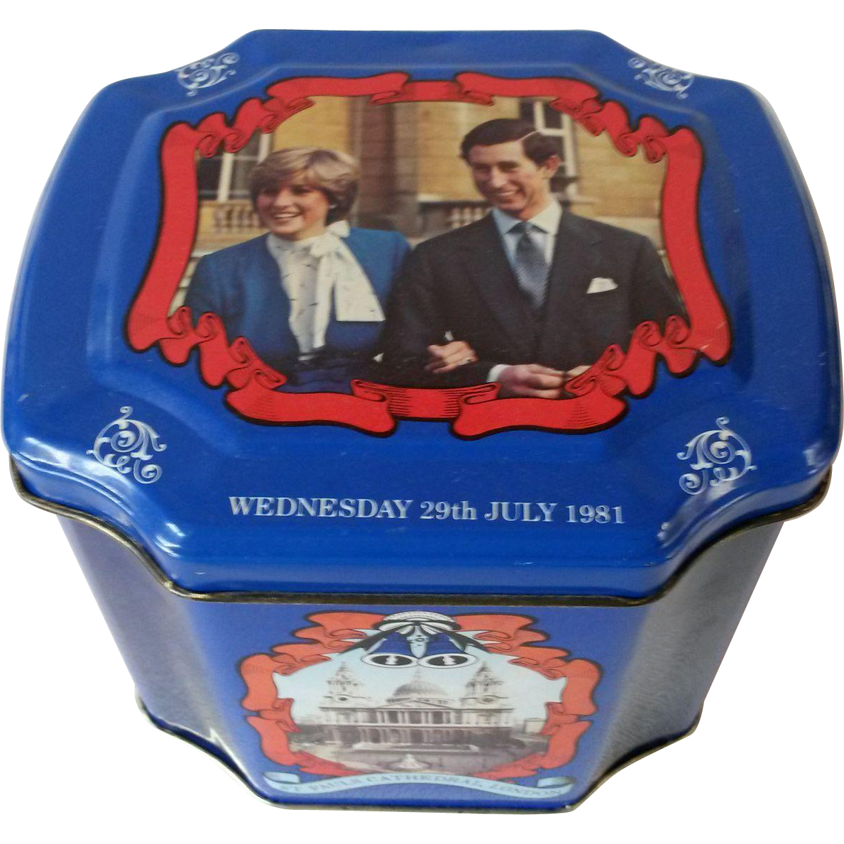 Prince Charles and Diana Wedding Commemorative Tea/Biscuit Tin 1981