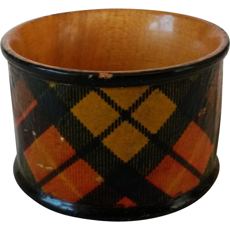 Scottish Tartanware Buchanan Napkin Ring