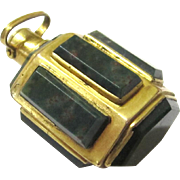 Rare Bloodstone & Gilt Metal Hexagonal Perfume Bottle for Chain or Chatelaine, 18th Century