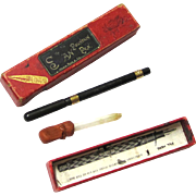 "Special Complete Boxed ""The Swan Pen"", Mabie Todd & Co., 18 Carat Gold & Vulcanised Rubber, early 20th Century"