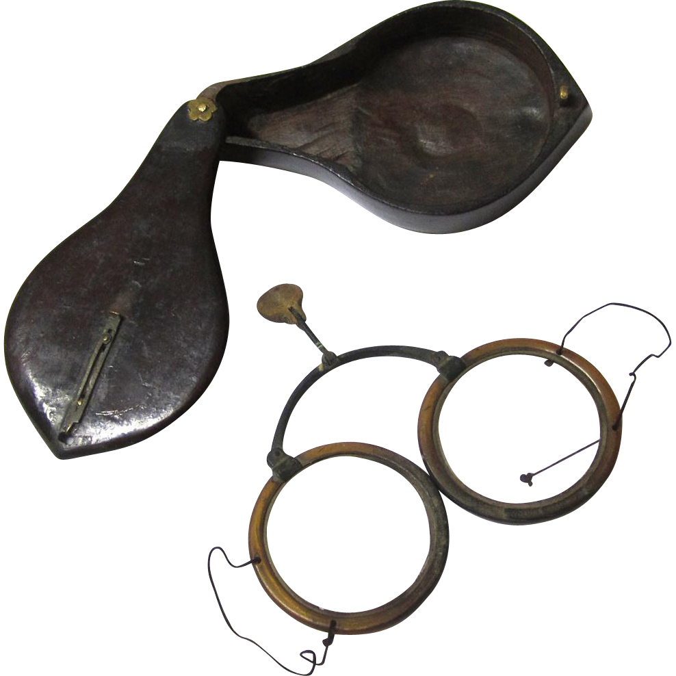 Early Chinese Folding Horn Eyeglasses in Lacquered Treen Box, early 19th Century