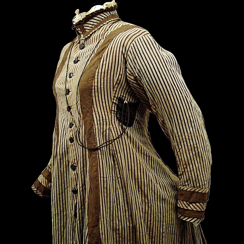 Victorian Daytime Cotton Wrapper with Watch Pocket, c1875