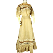 Two-piece Victorian Gown with Lace and Ruffles, late 19th Century