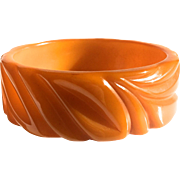 Bakelite Bangle Bracelet Carved in Pumpkin Squash