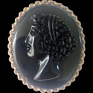 Bakelite Carved Cameo Brooch in Black