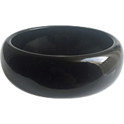 Lucite Bangle Bracelet in Black