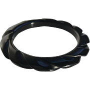 Bakelite Bangle Bracelet Carved in Black