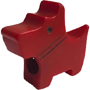 Bakelite Scottie Dog Pencil Sharpener in Red