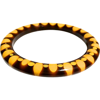 Bakelite Bangle Bracelet Random Dot