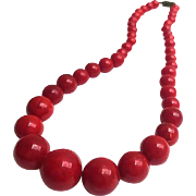 Bakelite Bead Necklace in Marbled Cherry Red