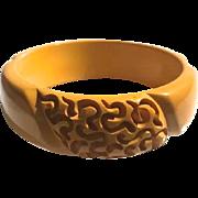 Bakelite Bangle Bracelet Heavily Carved with Squiggles