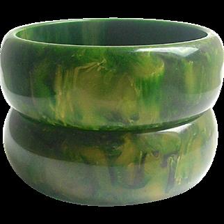 Bakelite Bangle Bracelets Pair Gaudy Marbled Green