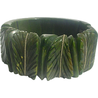 Bakelite Bracelet Chunky Heavily Carved Leaves