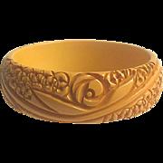 Bakelite Bangle Bracelet Intricately Carved