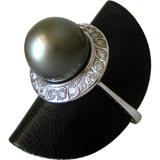 Vintage 1970's- 80's18K White Gold Diamond & 11 mm Gray Tahitian Pearl