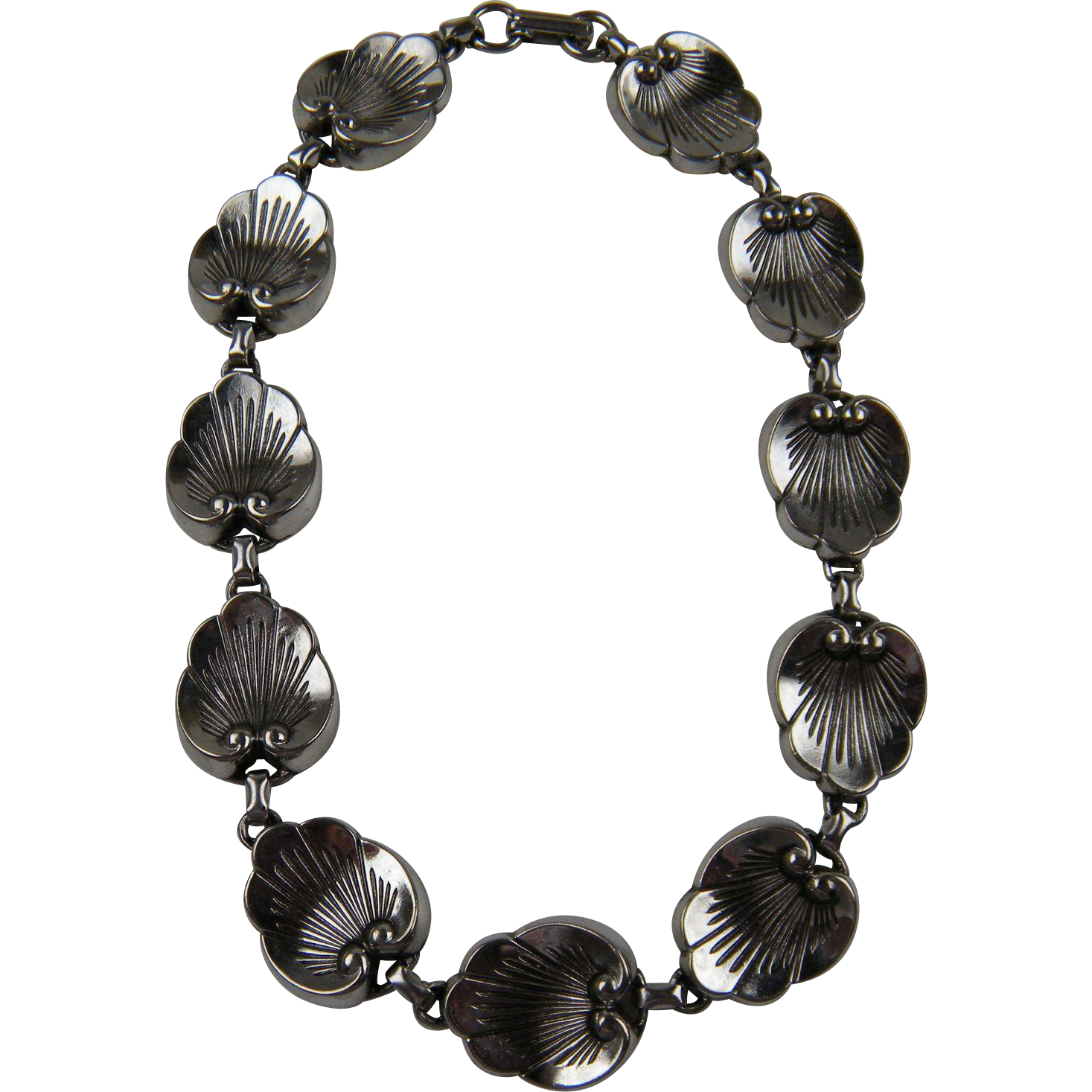 Scallop Design Silver Plated Link Necklace