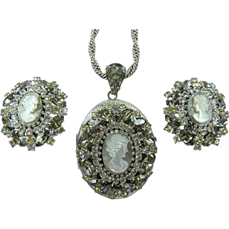 Signed Hobe' Cameo Locket with Matching Earrings Made by DeLizza and Elster