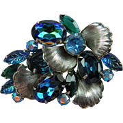 Dazzling DeLizza and Elster Juliana Brooch