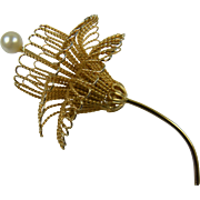 Unique Wire Flower Pin Brooch with Imitation Pearl