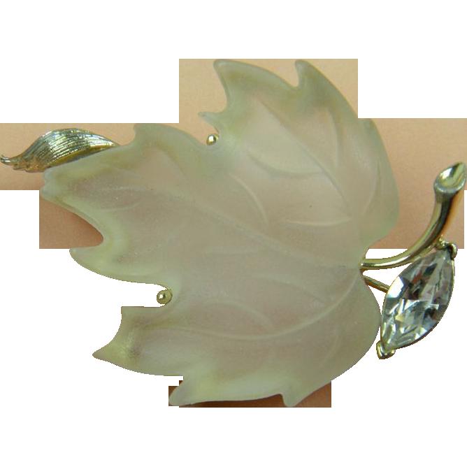 LISNER Frosted Lucite Maple Leaf Brooch