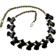 1950's Royal Purple Thermoplastic Necklace Unsigned
