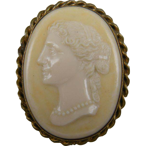 Celluloid Cameo Brooch Book Piece 1930's