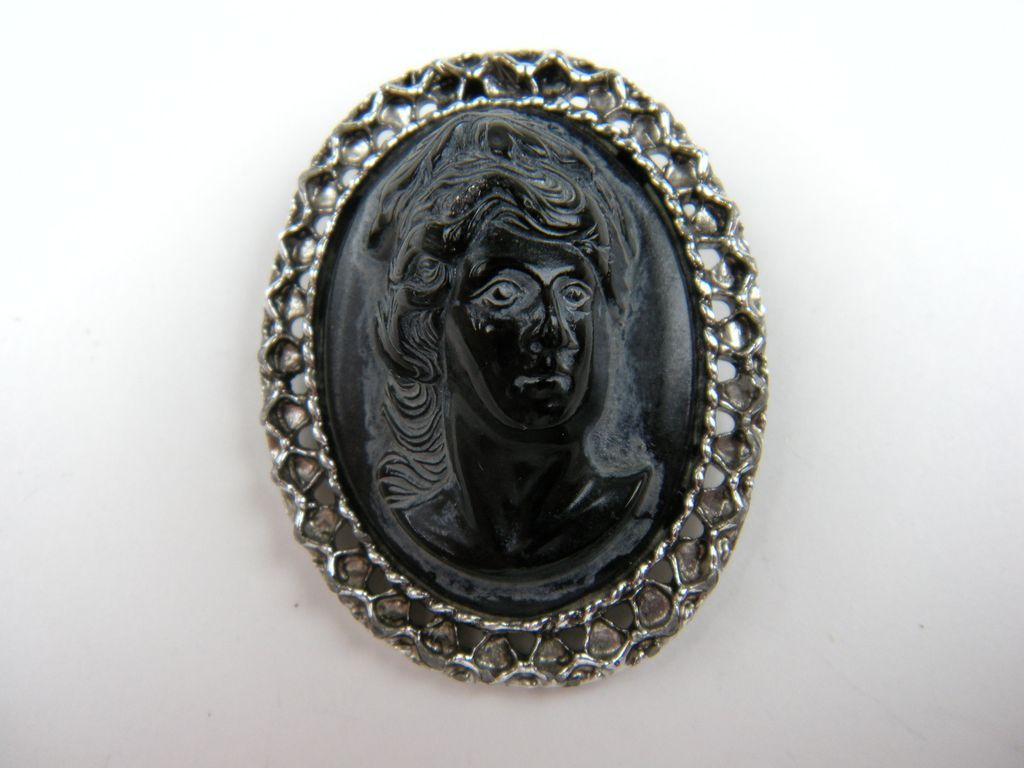 High Relief Imitation Cameo