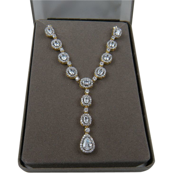 Exquisite Signed NOLAN MILLER Diamante Necklace