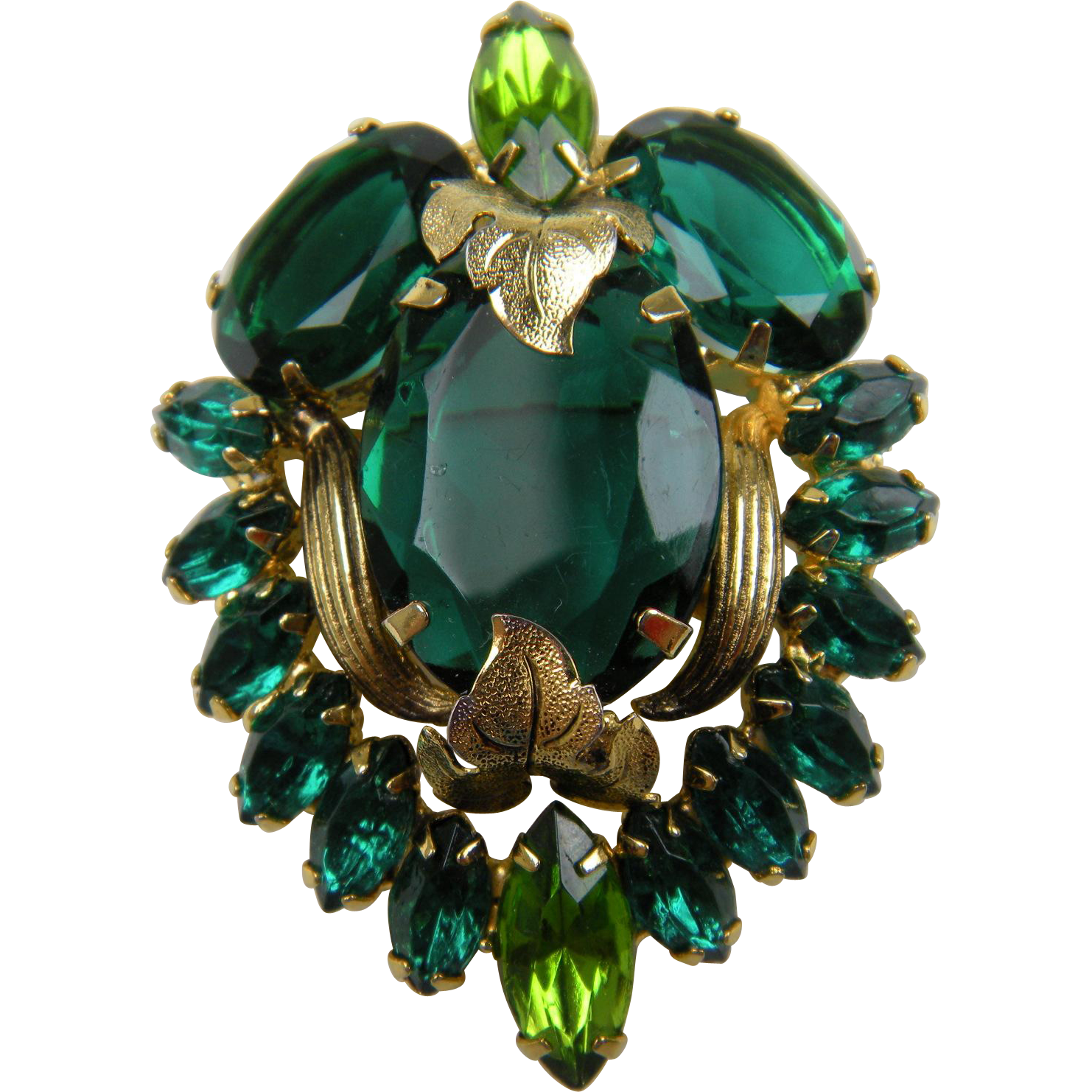 Remarkable DeLizza and Elster (D&E) Juliana Brooch/Pendant