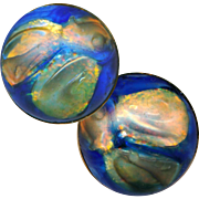 """Button--ONE Early 20th C. Fabulous Art Glass in Brass--Opalescent """"Oil Spots"""" on Blue Satin"""
